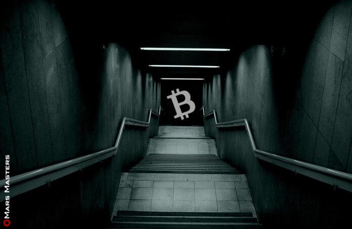 Bitcoin dives below $18,000