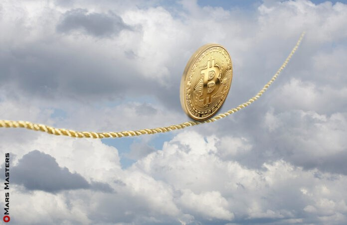 Bitcoin price crashes by 6.5% in minutes after hitting $28.4K sell wall