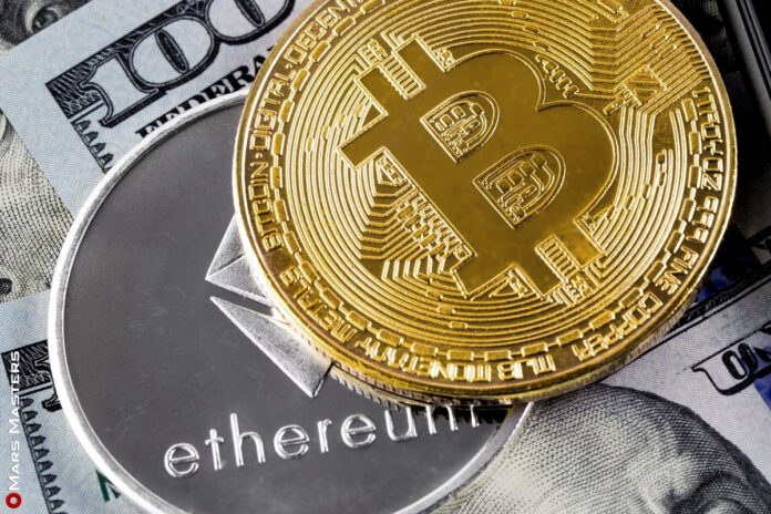 Bitcoin Corrects After Hitting USD 55K, Ethereum And Altcoins Supported